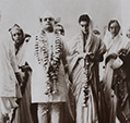 Jawaharlal Nehru Feroze Indira Sarojini Naidu Anand Bhawan 26 March 1942